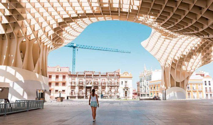 Metropol parasol, Sevilla, España / Foto: Tobias Cornille unsplash)