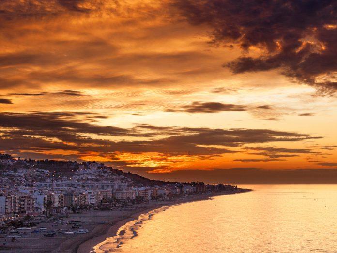 Rincón de la Victoria, Málaga, España / Foto: Quino Al (unsplash)