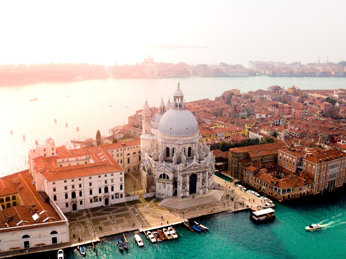 Venecia, Italia / Foto: Candre Mandawe (unsplash)