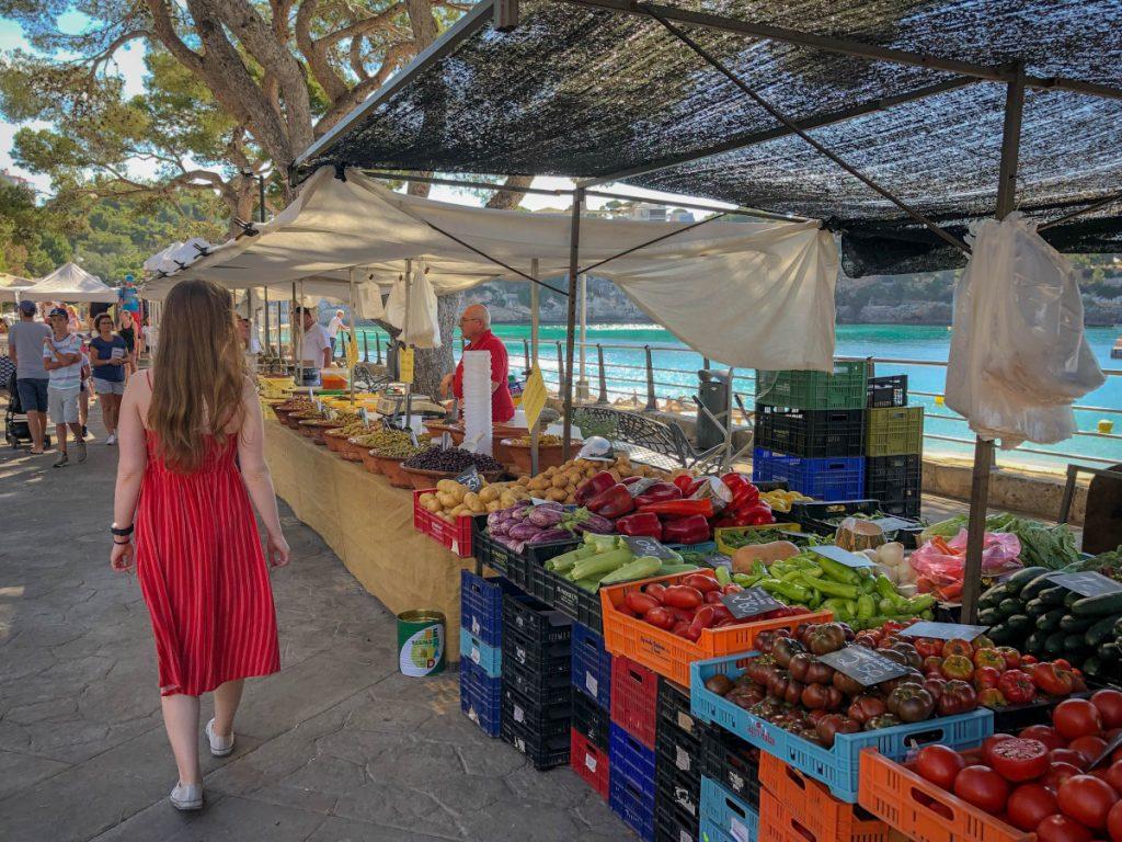 Mercados en la Costa del Sol / Foto: Gary Butterfield (unsplash)