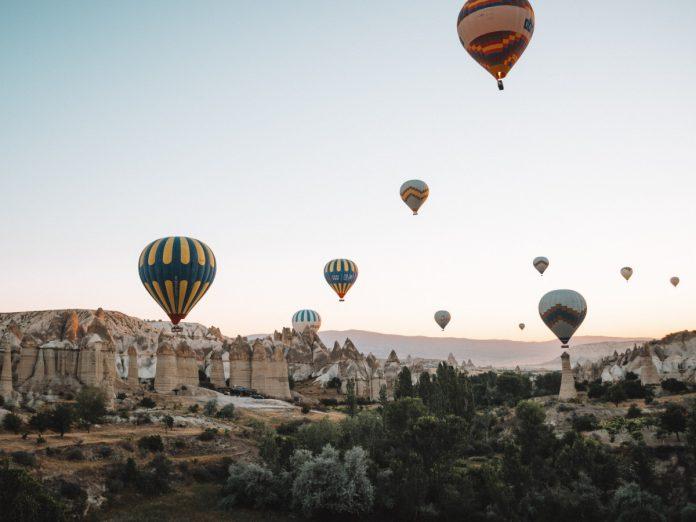 Capadocia, Turquía / Foto: Alex Azabache (unsplash)