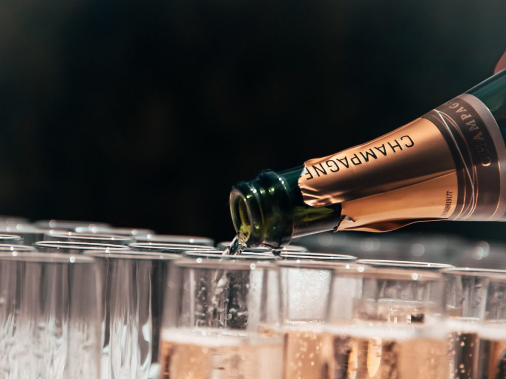 Champagne / Foto: Tristan Gassert (unsplash)