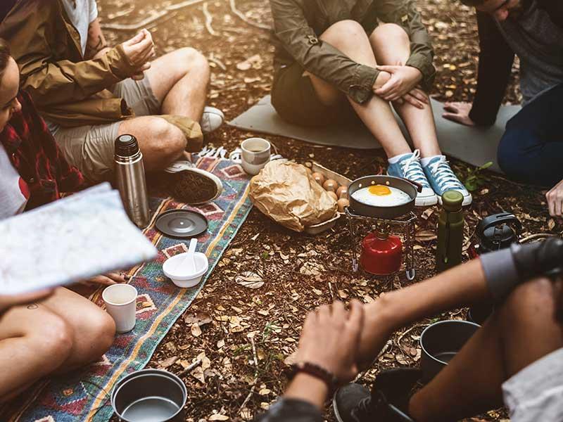 Camping / Foto: Rawpixel (unsplash)