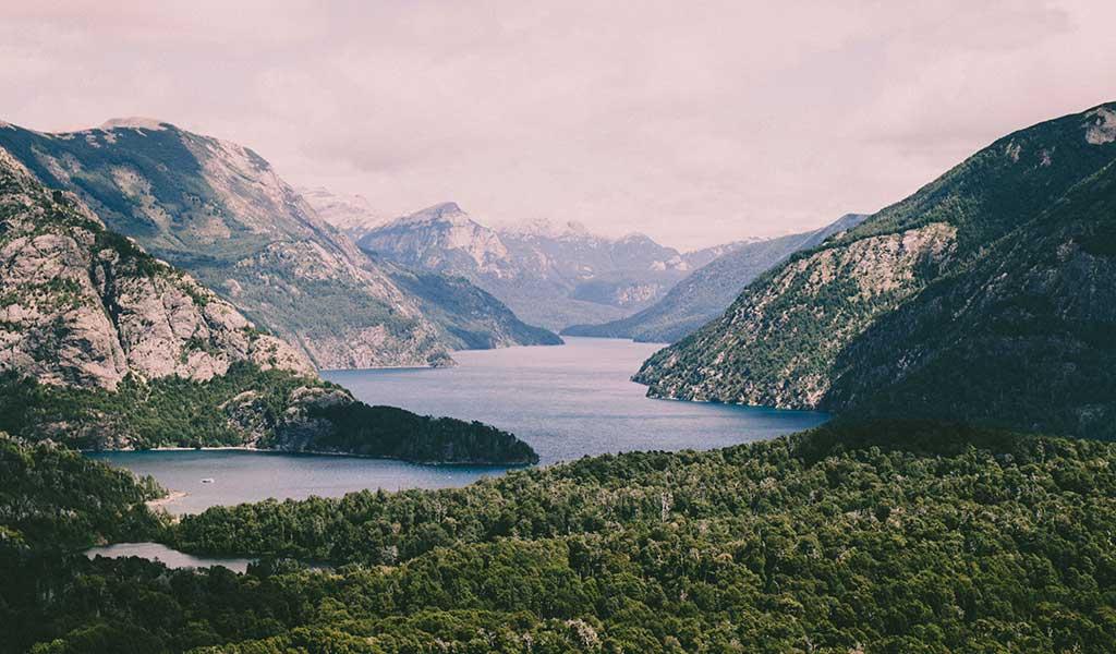 San Carlos de Bariloche, Argentina / Foto: Peter Conlan (unsplash)
