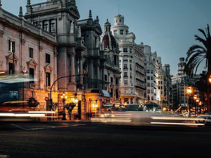 Viajar a Valencia / Foto: Janis Skribans (unsplash)