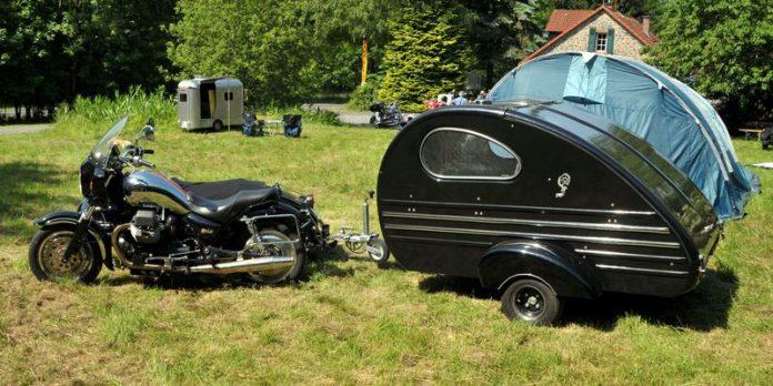 Caravana para motocicletas / Foto: Tarrakaner (Wikimedia Commons)