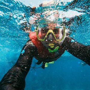 Accesorios subacuáticos / Foto: Fezbot2000 (unsplash)
