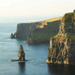 Cliffs of Moher, Irlanda / Foto: henrique craveiro (unsplash)