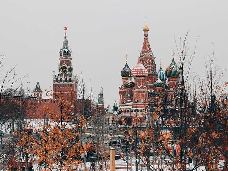 Kremlin, Moscow, Russia / Michael Parulav (unsplash)