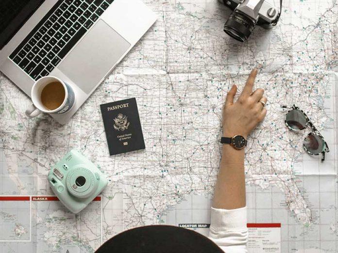 Gadgets para viajeros / Foto: element5 digital (unsplash)