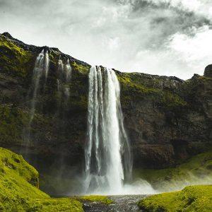 Seljalandsfoss, Islandia / Foto: Seth Macey (unsplash)