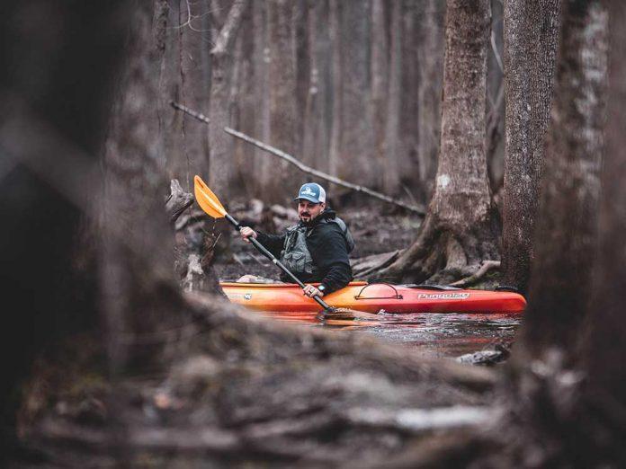 Mejores kayaks de pesca / Foto: Mike Baker (unsplash)