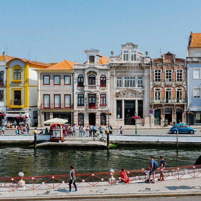 Aveiro, Portugal / Foto: Ricardo Resende (unsplash)