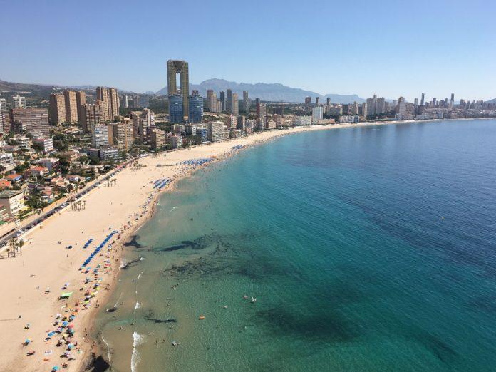 Benidorm, Alicante / Foto: Attila Suranyi (unsplash)