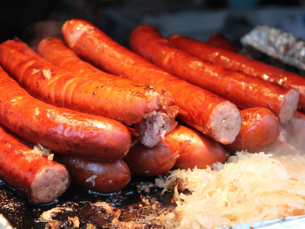 Bratwurst / Foto: Rich Smith (unsplash)