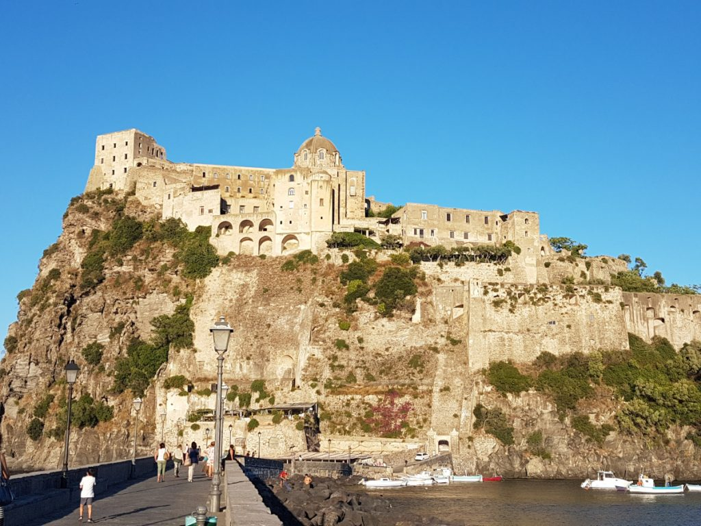 Castillo Aragonese, Ischia / Foto: Dilpe (Pixabay)