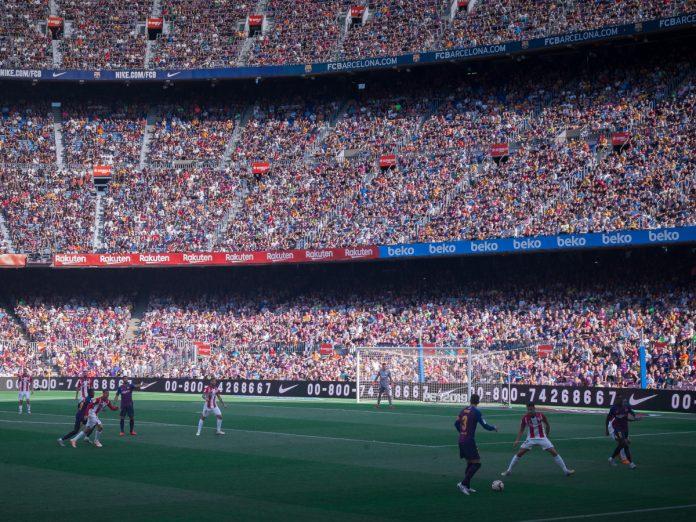 Camp Nou / Foto: Michael Lee (unsplash)