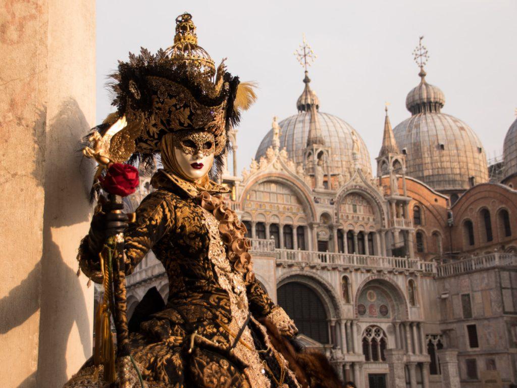 Los carnavales de Venecia / Foto: Ingeborg Gartner Grein (unsplash)