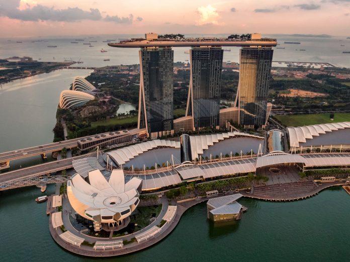 Marina Bay Sands, Singapur / Foto: Hu Chen (unsplash)