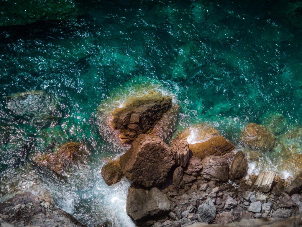 Skópelos, Grecia / Foto: Alex Blajan (unsplash)