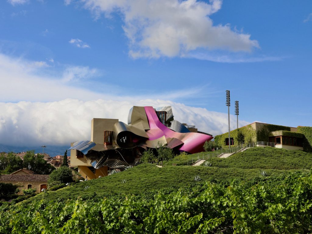 Marques de Riscal, Ciego, Rioja Alavesa / Foto: Jun Lee (unsplash)