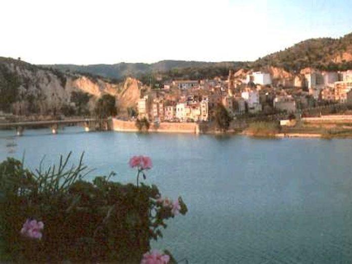 Embalse de Sitjar, Ribesalbes. Foto: Pelayo2 (Wikimedia Commons)